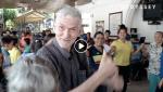 Colombie: A 6 ans, le «petit» Albeiro Vargas se débrouillait pour faire survivre les vieux de son quartier, à Bucaramanga
