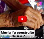 A 87 ans elle a construit seule sa maison… avec des bouteilles en plastique!